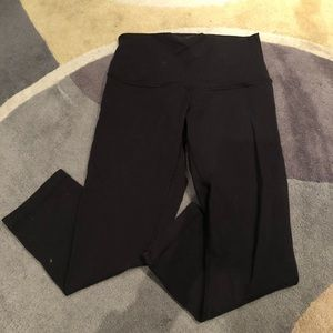 Lululemon Wunder Under crop length classic legging